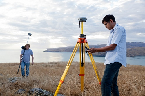 GNSS приемник Trimble R8s Base and Rover